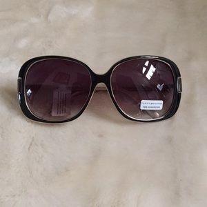 NWT- Tommy Hilfiger Sunglasses